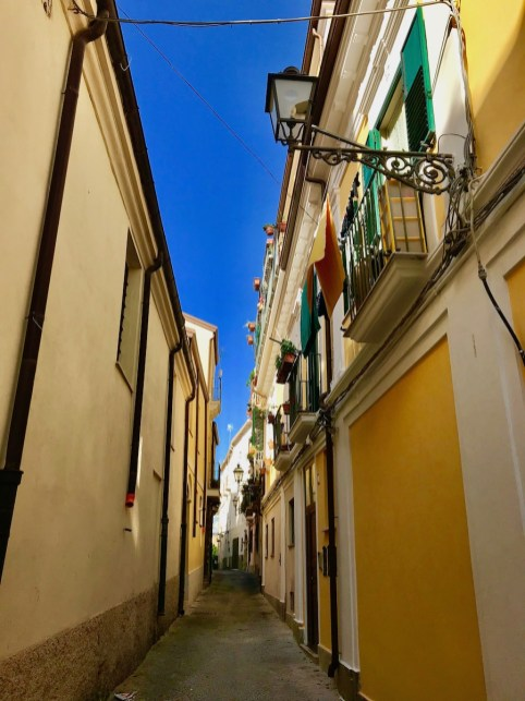 backstreet in Italy