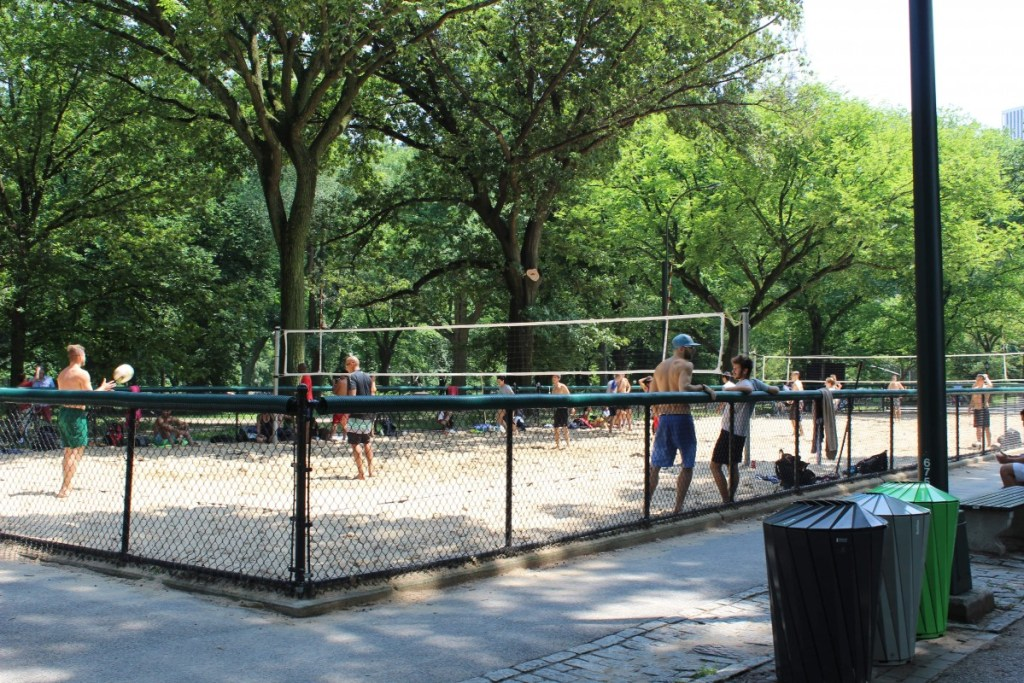 Suitcase Six NY-VOLLEYBALL--1024x683 6 Stops to Make in Central Park