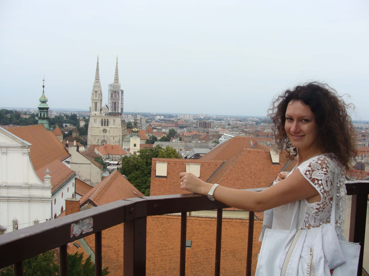 Suitcase Six Zagreb-2 Woman of the Week: Natalia