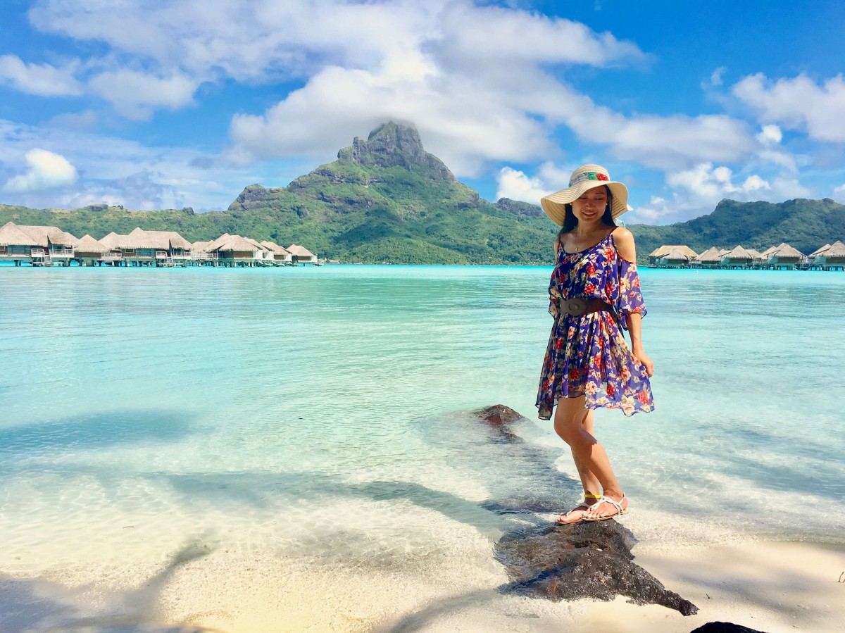 Suitcase Six Jasmine-Beach Woman of the Week: Jasmine
