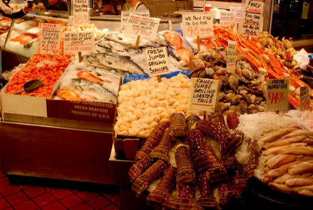 Suitcase Six 6_Seafood_-_By_James_Michael_Dorsey-2 5 Reasons Why Seattle Should be on Your Bucket List