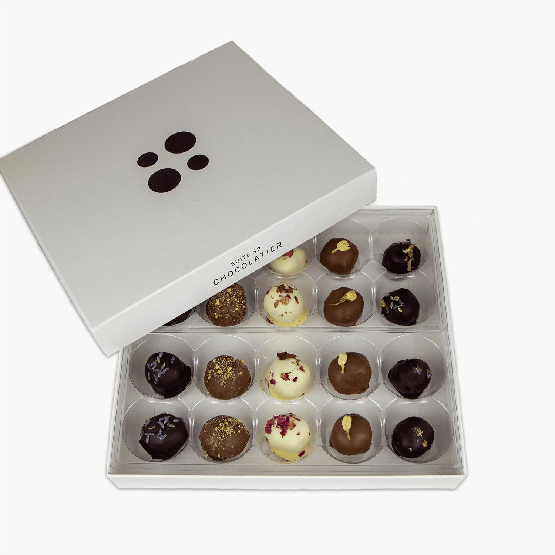 Boîte de 20 pièces de truffes aux fleurs