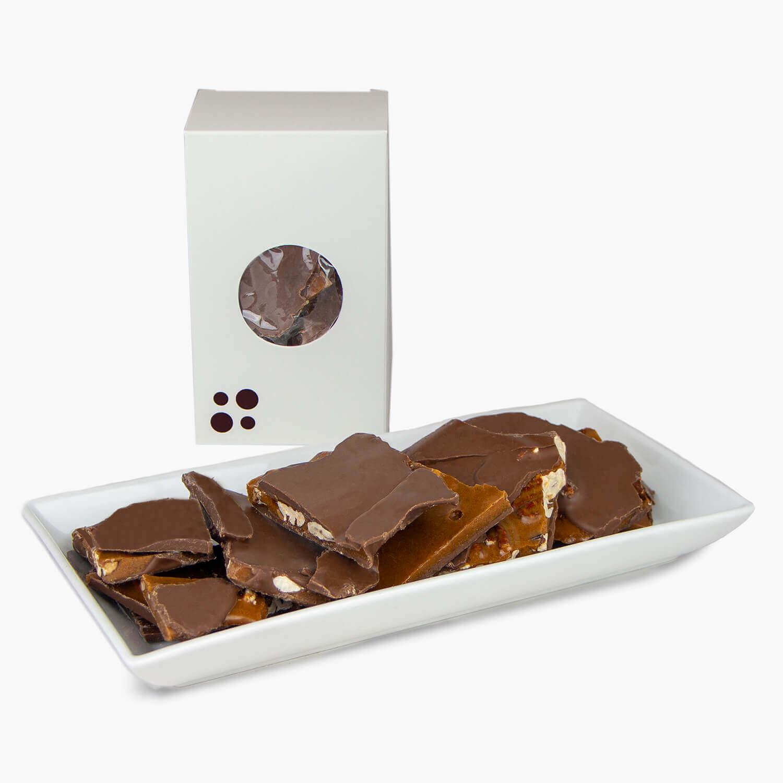 écorce de caramel au chocolat au lait et aux pacanes
