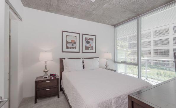 501Bedroom-500553