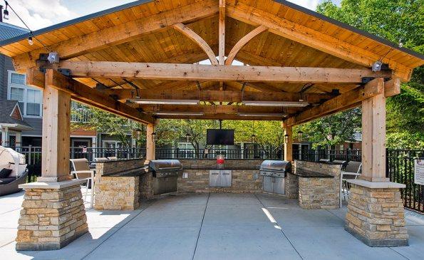 grand reserve outdoor kitchen