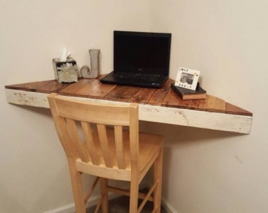 Awesome 6 foot computer desk #diy #gaming #corner #dekstops # forsmallspaces #workstations #creative #hidden #computer #desk