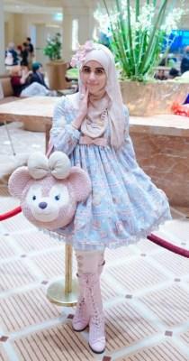 Tren Muslim Lolita Fashion di Jepang, Gabungan Pakaian Lolita dan Syar'i