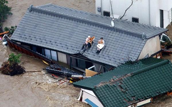 Bajir Hebat Melanda Jepang, 100.000 Penduduk Terpaksa Mengungsi (Foto)