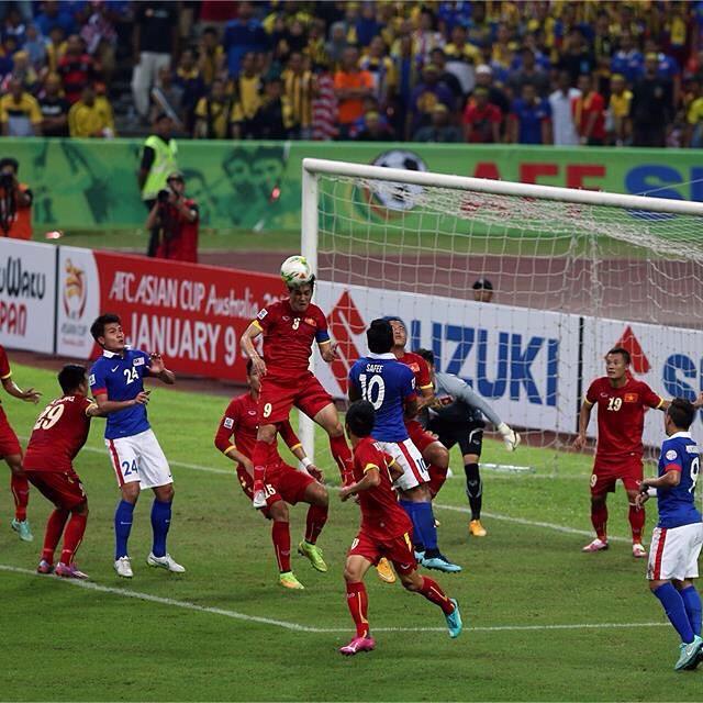 Piala-AFF-Suzuki-2014-Malaysia-1-2-Vietnam-(Semi-Final)
