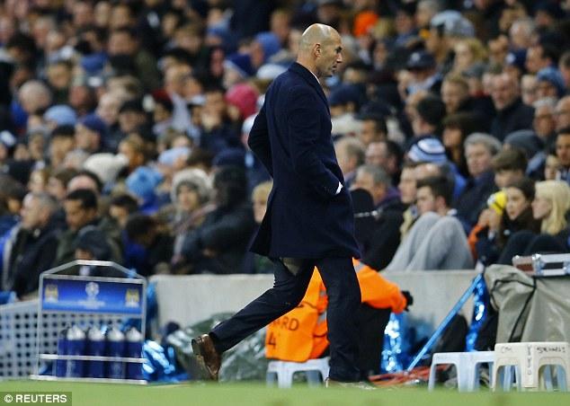 Dah Kenapa Seluar Zidane Koyak Sampai Macam Tu Sekali
