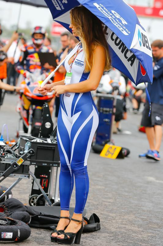 Gambar Gadis Litar Motor GP Argentina 2016 14