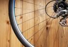 信号無視の自転車