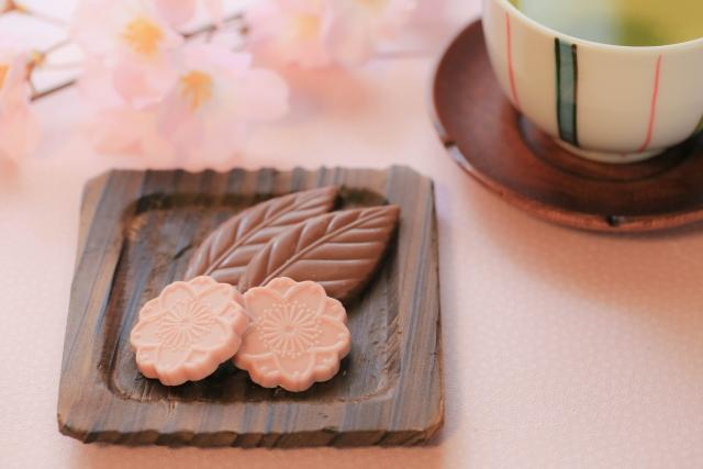 ロイズ桜チョコレートイメージ
