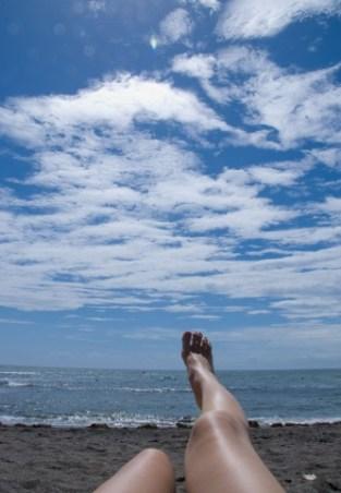 日焼けに湿布、冷えピタや熱さまシートを貼るのは効果がある?