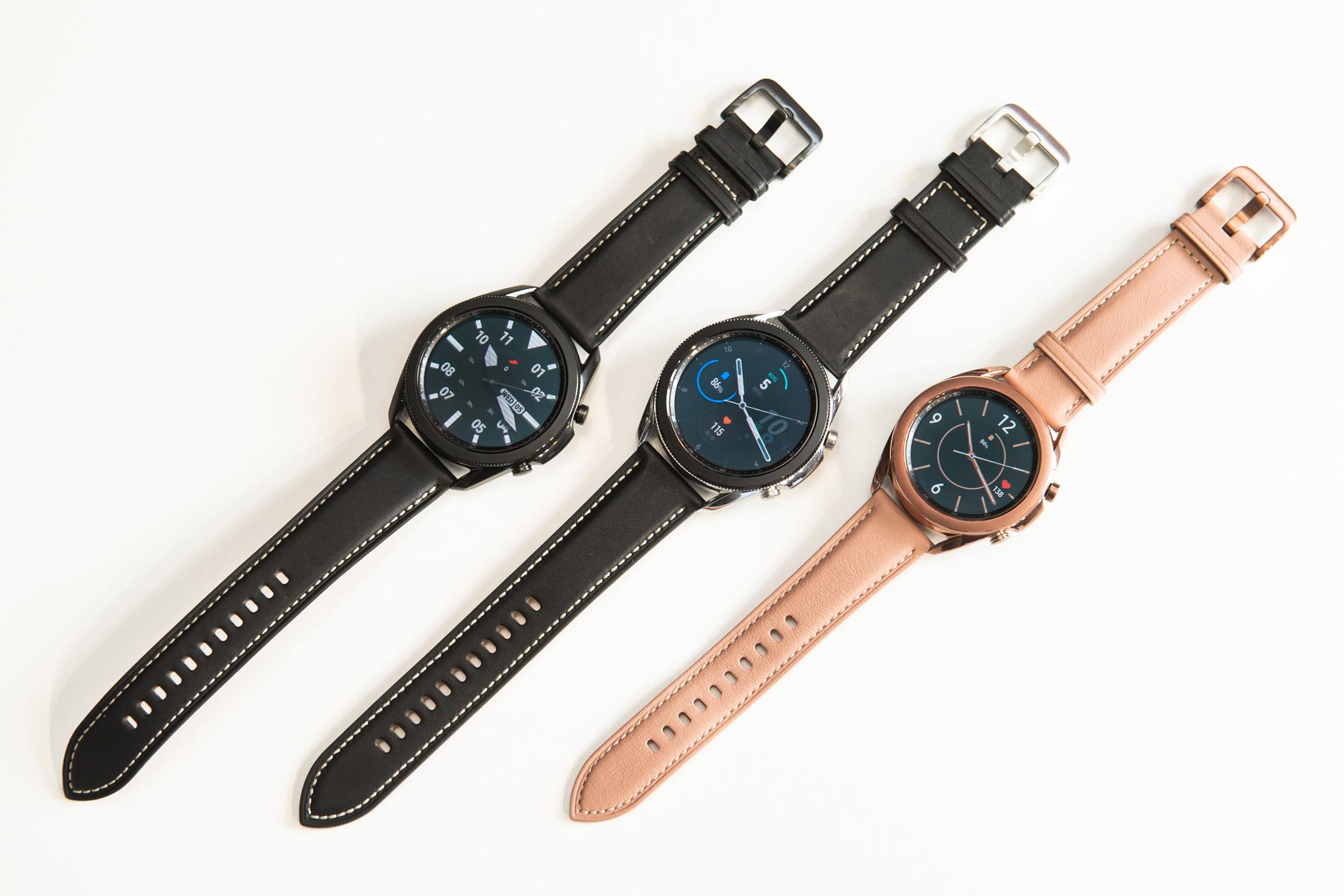 Galaxy Watch3共推出45mm星幻黑、星幻銀,41mm星霧金三種顏色