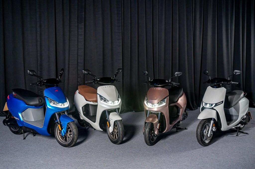 Ionex 3.0,推出四款同時擁有充電版與換電版可供消費者選擇 的白牌125cc等級全新智慧型電動機車