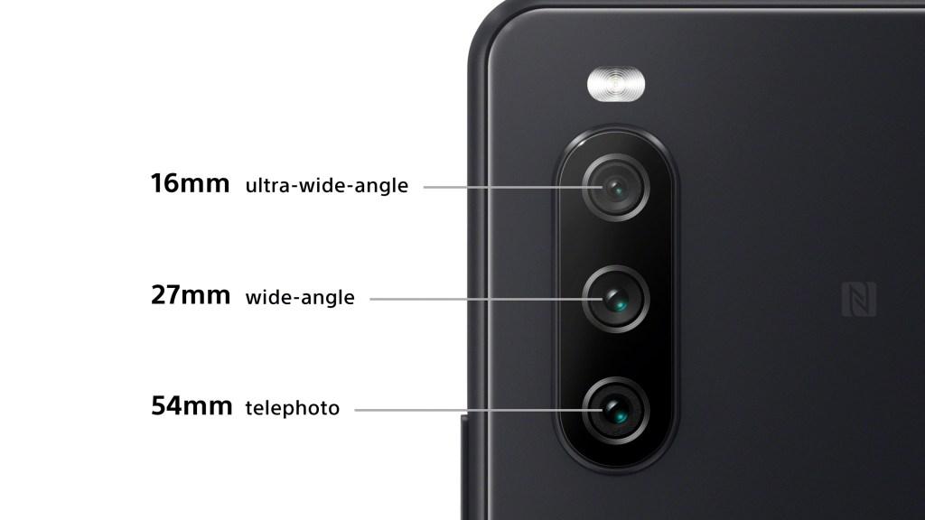 Xperia 10 III搭載全新三鏡頭相機,為低光源及動態拍攝的絕佳利器