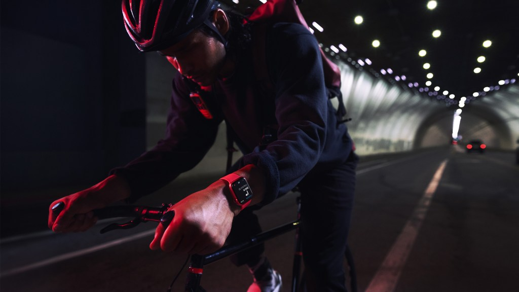 watchOS 8 為自行車騎士帶來全新功能。