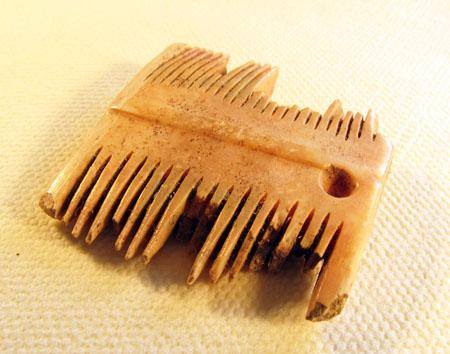Comb 01b