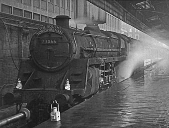 The final South Yorkshireman having arrived at London Marylebone at 3.29pm on a dank, dark and dismal day, 2nd January 1960. (Photo courtesy Mike Esau)