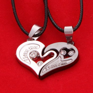 NEW-Lovers-Necklace-Stainless-For-2pcs-Women-Men-I-love-You-Heart-Necklace-Pair-Fashion-Girl