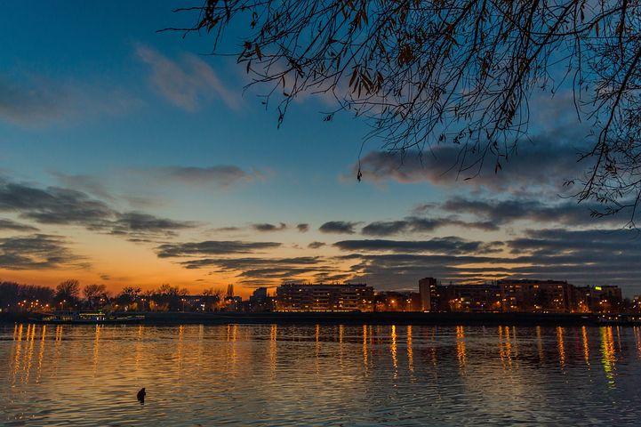 danubio al tramonto a Novi Sad