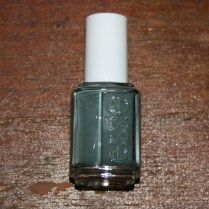 essie-332-fall-in-line