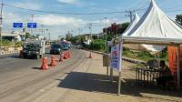 Posko Pemeriksaan Surat Keterangan Bebas Covid-19 di Batas Kota Makassar