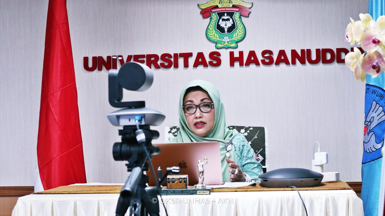 Rektor Universitas Hasanuddin, Prof. Dwia Aries Tina Pulubuhu