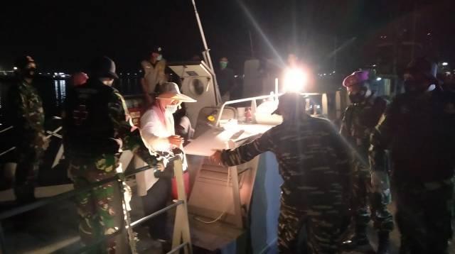 Suasana evakuasi Tim Basarnas Makassar