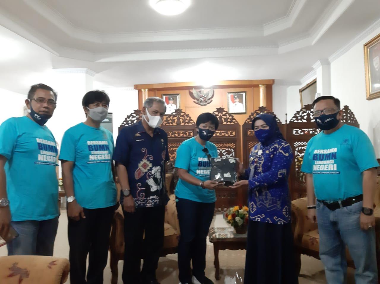 Direktur Utama PT Industri Kapal Indonesia, Diana Rosa