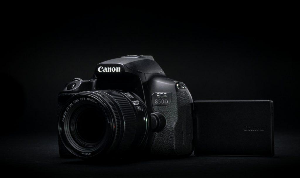 Harga Canon EOS 850D