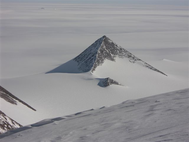 Summit Day: South Pole Expedition (1/6)