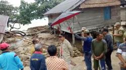 Pemda Butur Salurkan Bantuan Korban Banjir Bandang