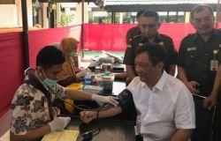 Peringati HBA Ke 58, Kejati Sultra Adakan Baksos Khitanan Masal dan Donor Darah
