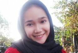 Martina Hingis Gadis 18 Tahun, Jamaah Haji Termuda Sultra
