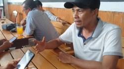 Jubir, Sahrul, saat jumpa pers di salah satu warung kopi di Kota Raha, (Foto: LM Nur Alim/SULTRAKINI.COM)