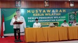 Ketua DPW PKB Sultra, Jaelani, saat menyampaikan sambutannya pada Muskerwil, Sabtu (27/2/2021) (Foto: Ist)