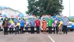 Bupati Buton Serahkan Mobil Ambulans, Pelayanan Puskesmas Diharapkan Meningkat
