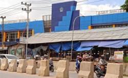 Pasar Sentral Wua-wua, Potret Pengelolaan Pasar yang Memalukan