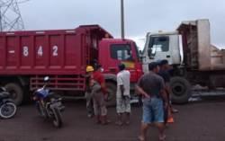 Tewas Saat Perbaiki Mobil 12 Roda, Posisi Korban di Bawah Mobil