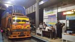 Kendaraan ODOL yang terjaring penindakan di UPPKB Sabilambo, Kolaka, (Foto: Hasrul Tamrin/SULTRAKINI.COM)