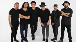 Personil group band OMNI. Foto: IST.