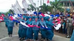 Barisan Gerak Jalan Indah Sambut HUT RI di Buton