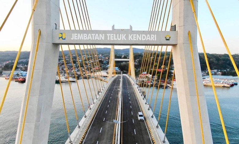 Jembatan Teluk Kendari