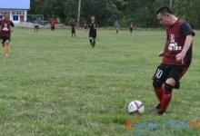 Usai Menggelar Musrenbang, SBM Hibur Warganya Bermain Sepak Bola