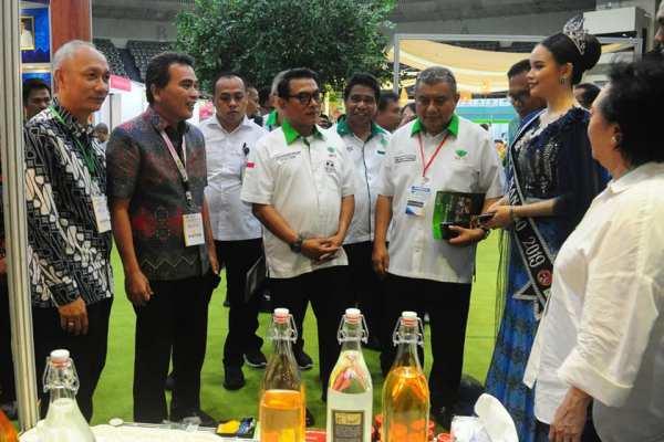 Pameran ASAFF 2020, Moeldoko Kunjungi Stand Kota Manado