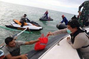Hoaks ! Kabar Gubernur Sulut dan Ketua DPRD Main Jet Ski di Pulau Lihaga, Ini Fakta Sebenarnya