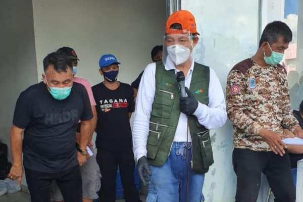 Pemkot Manado Salurkan Bansos Kepada Seluruh Tokoh Agama Sekota Manado, Walikota GSVL : Mari Doakan Agar Pandemi ini Cepat Berlalu