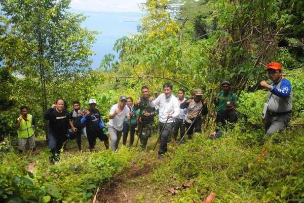 Luar Biasa, Peringatan HUT ke 75 RI Manado Dilaksanakan di Puncak Manado Tua